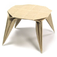 Origami round dining table