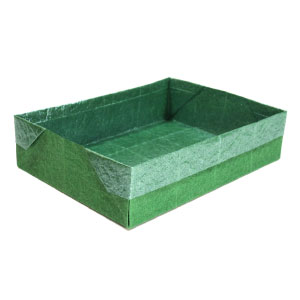 wide and flat rectangular origami box