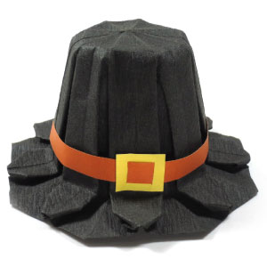 origami pilgrim hat for Thanksgiving