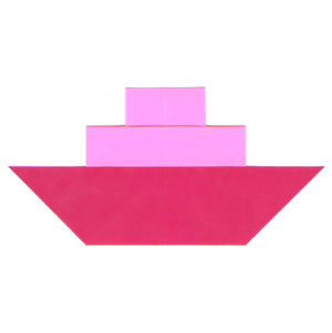 traditional origami steamboat with single smokestack